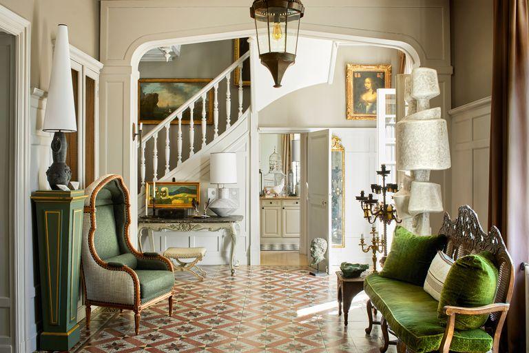Cùng chiêm ngưỡng cách nhà phục chế & thiết kế Jean-Louis De Noite làm sống lại trang viên cổ điển kiểu Pháp tại ngoại ô Paris